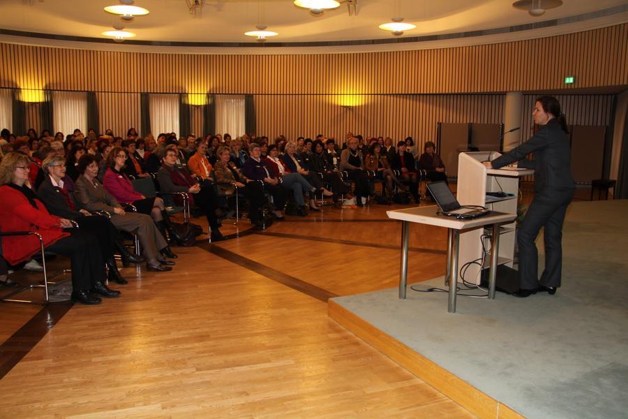 Vortrag Frau Prof. Dr. Dienel
